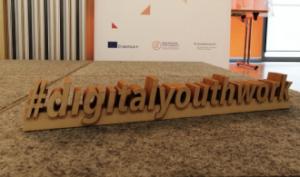 #digitalyouthwork